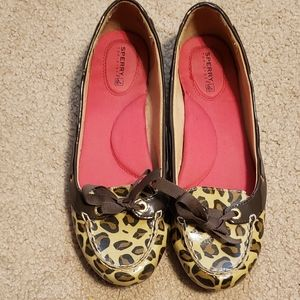 Sperry Animal Print Loafers SZ 8.5